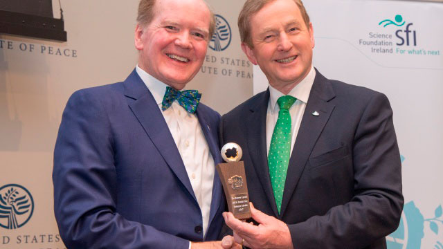 Taoiseach Enda Kenny (right) presents The Science Foundation Ireland St. Patrick's Day Science Medal 2017 to Dr. Pearse Lyons, president of Alltech, at the United States Institute of Peace. Photographed by Nick Crettier.