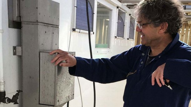 Blower heaters mounted outside weaner pens can offer significant advantages, says Tim Miller.