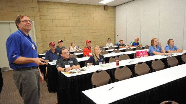 Visitors to World Pork Expo may select from a lineup of 10 Business Seminars on June 6 and 7 covering the latest information on a range of topics, including swine health and nutrition, manure management, consumer trends, building ventilation solutions, productivity advancements and more. All of the seminars are free with Expo registration.