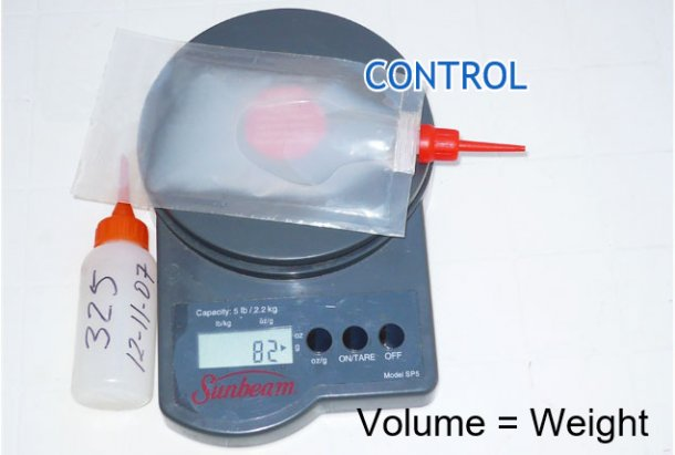 Photo 3. Weight of the corrected dose