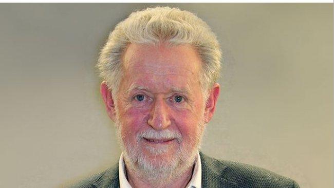 Dr Peter Davies