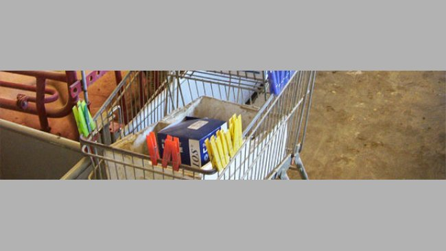 The clothes pegs used are carried in a trolley together with part of the daily materials needed