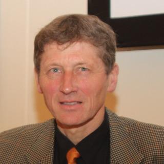 Prof. Reinhard Fries